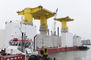 Port of Ostend   Kriegers Flak foundations ready for transport